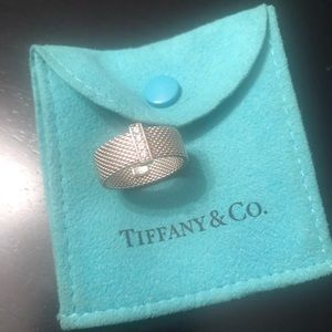 Tiffany and co Somerset mesh ring with diamonds